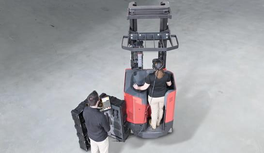 virtual reality simulator, forklift operator